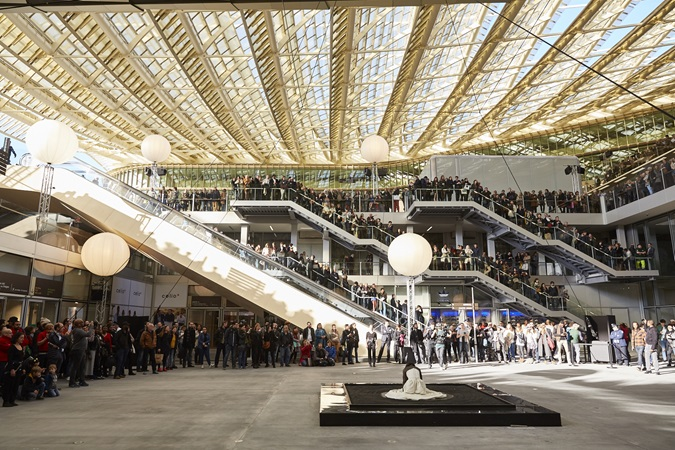 Picture of the unexpected event at the Forum des Halles's inauguration