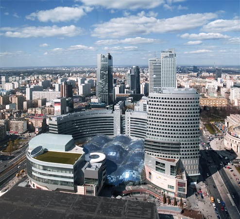 picture of zlote tarasy building in the urban area