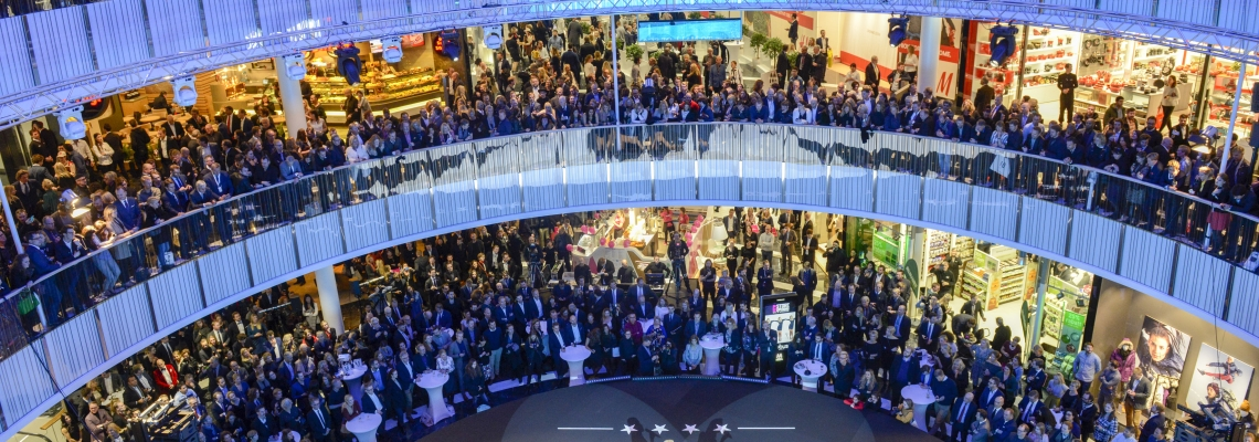 Picture of the main area full of visitors at Mall of Scandinavia shopping centres