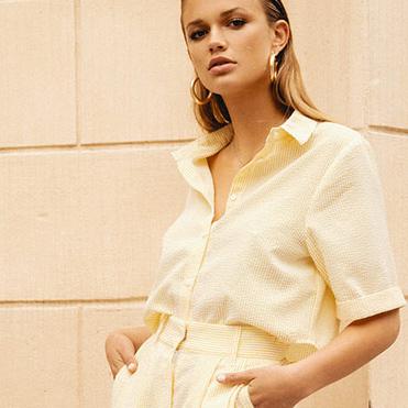 Ivyrevel är ett digitalt modehus high fashion med street style